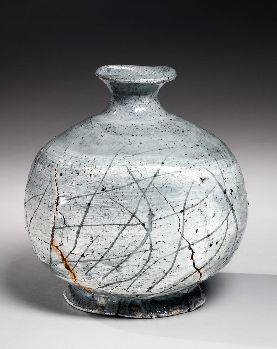 Pieza de cerámica de KOYAMA FUJIO