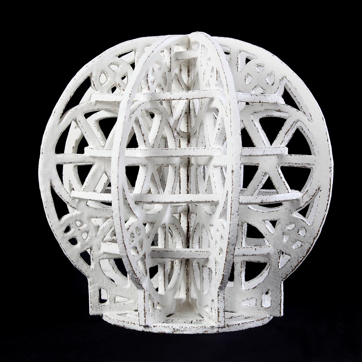 Escultura cerámica de Carlos Izquierdo