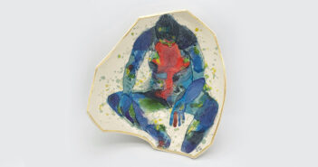Pieza de cerámica de Yurim Gough