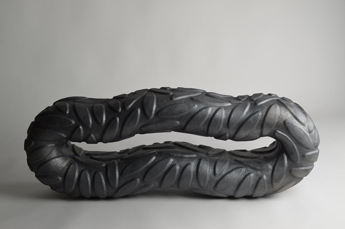 Escultura cerámica de Ángel Garraza