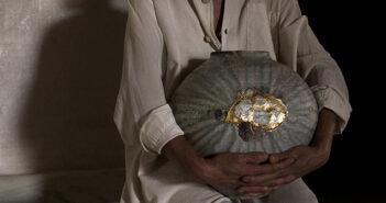 Pieza de cerámica de Caterina Roma