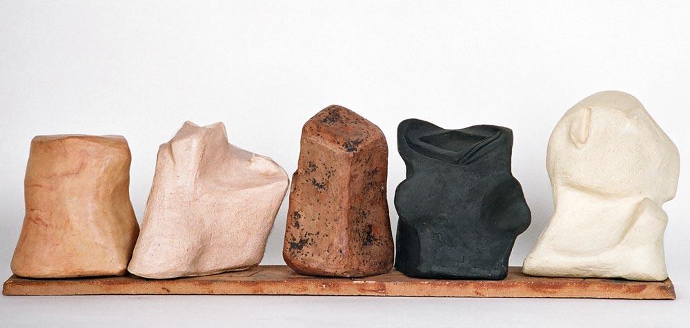 Escultura c erámica de Dolors Bosch
