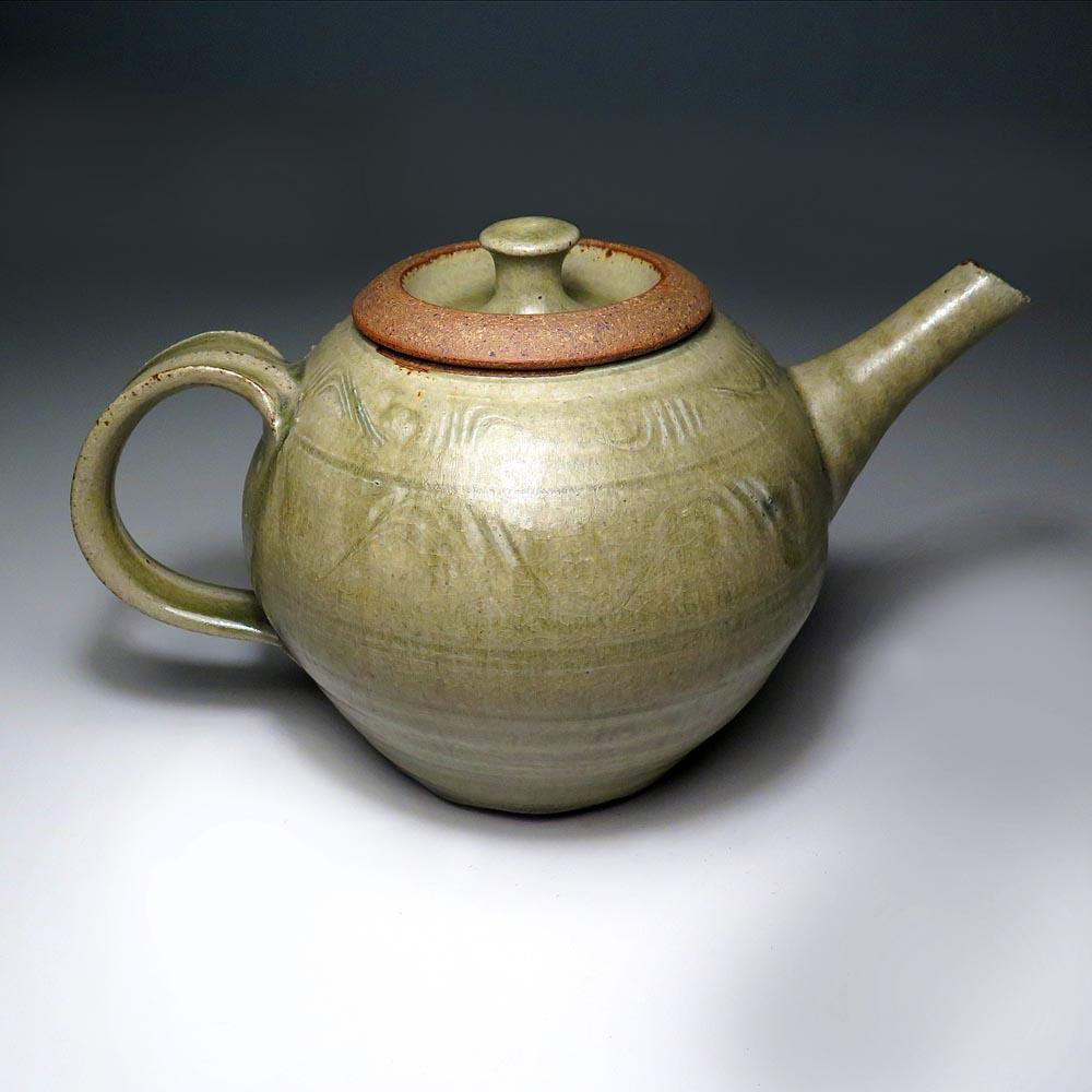 Tetera de cerámica de Richard Batterham