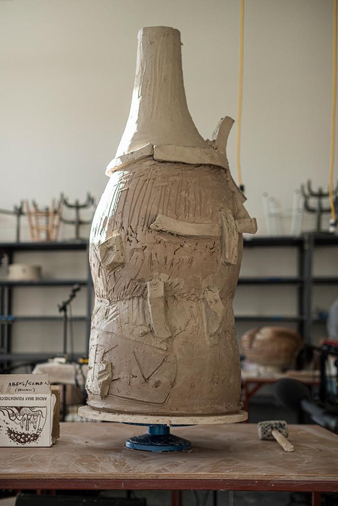 Escultura cerámica de Theaster Gates