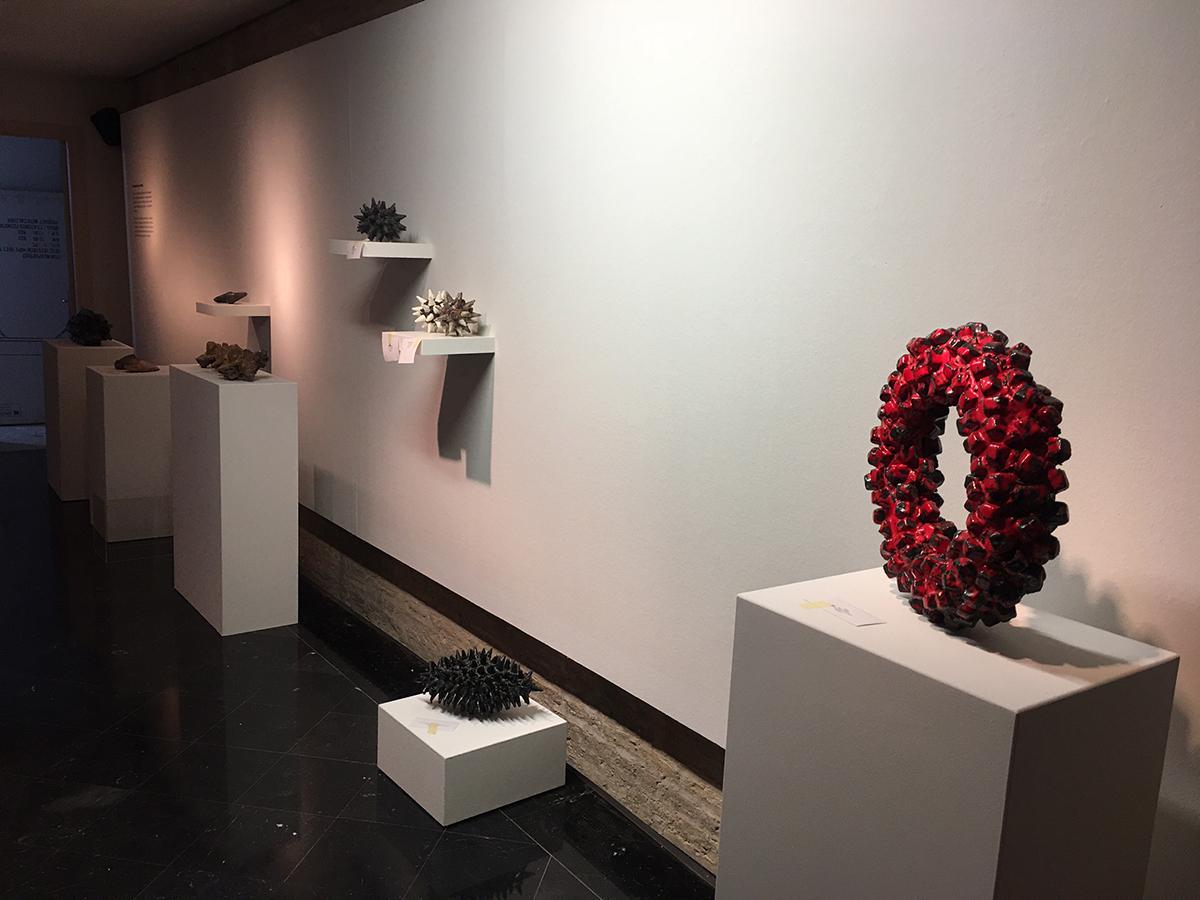 Escultura cerámica de Mark Gordon