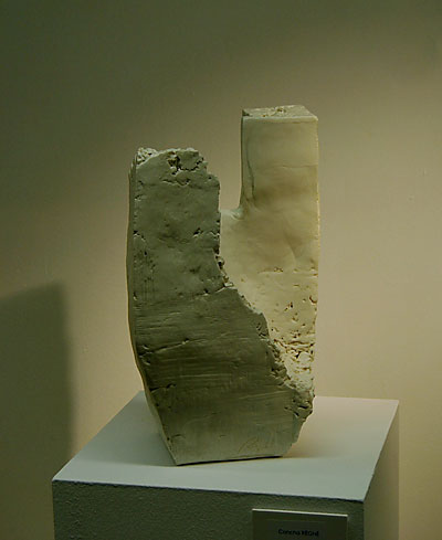 Pieza de cerámica contemporánea de Concha Regne