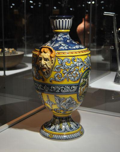 Pieza de cerámica de Talavera de la Reina (Toledo)